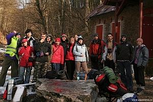 Poza de grup in fata cantonului Comarnic