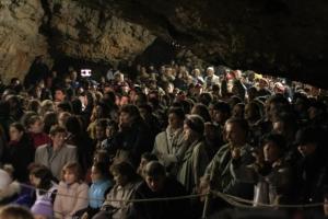 Concert in Pestera Romanesti Spectatori 2006