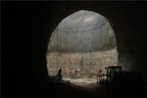 Explorări într-o peșteră activă de sub Ierusalim