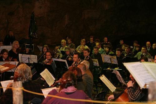 Concert Pestera Romanesti 2011